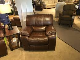 Flexsteel Leather Sofa Save On Clearance Items Colony House Furniture U0026 Bedding St
