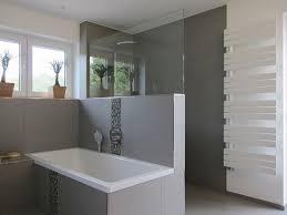 moderne badezimmer mit dusche und badewanne die besten 25 badewanne mit dusche ideen auf duschbad