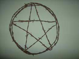 Barbed Wire Home Decor 202 Best Barbed Wire Crafts Images On Pinterest
