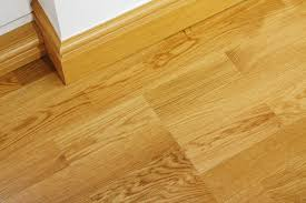 is laminate flooring same as vinyl flooring