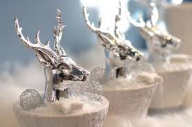 Christmas Table Decorations Ideas 2011 by Modern Christmas Decorating Ideas And Christmasworld Color Trends