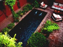 Swimming Pool Design For Small Spaces by Back To Awesome Front Yard Small House Garden Images Diy