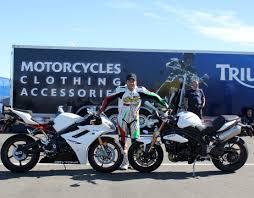 2011 triumph speed triple daytona 675r review first impressions