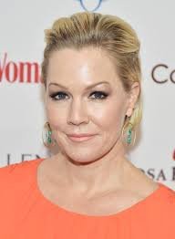 jennie garth celebrated with husbands past and present