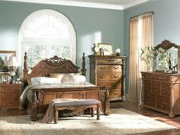Antique Finish Bedroom Furniture Antique Finish Bedroom Furniture Look Design Bedroom Set In