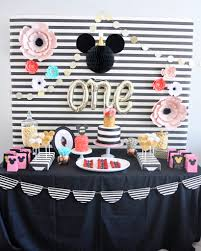 floral and stripes minnie mouse party smash cake
