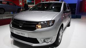 sandero renault interior 2014 dacia logan mcv renault exterior and interior walkaround