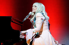 Lady Gaga Bad Romance Tiff Lady Gaga Performs At Documentary Premiere Ew Com