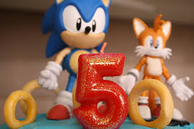 sonic the hedgehog cake topper sonic the hedgehog the foodinista