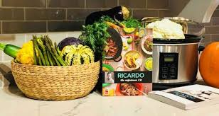 ricardo cuisine concours la mijoteuse de ricardo ainsi que ses 2 livres québec concours