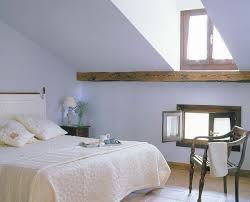 turning the attic into a bedroom u2013 50 ideas for a cozy look