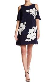 laundry by shelli segal laundry by shelli segal cold shoulder floral print shift dress