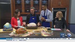 chicago area celebrates thanksgiving with parade shopping and