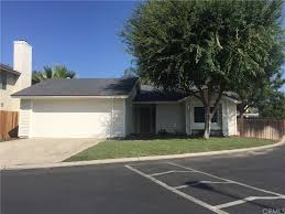 homes for rent in highland ca