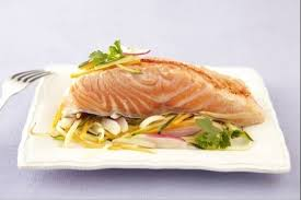 comment cuisiner un pavé de saumon recette en vidéo pavé de saumon sauce hollandaise