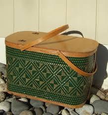 vintage picnic basket vintage hawkeye wicker picnic basket food burlington