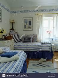 blue white wallpaper in bedroom stock photos u0026 blue white