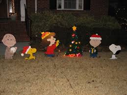 Snoopy Outdoor Christmas Decorations 74 Best Snoopy Images On Pinterest Charlie Brown Peanuts Snoopy