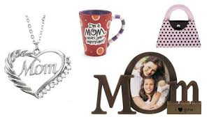 mom gifts top 10 best cheap mother s day gifts heavy com