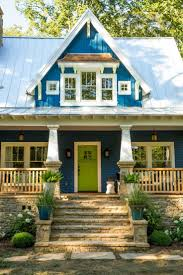 pictures of blue houses with white trim best paint colors for