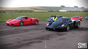enzo vs lamborghini aventador enzo vs enzo drag race
