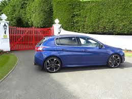 peugeot 308 gti blue the motoring world tmw the peugeot 308 gti a great car that