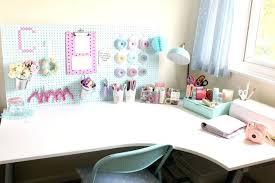 bureau atelier bureau or c by diy deco rangement idées pour la maison