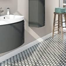 feature tiles bathroom ideas 10 best flooring images on bathroom ideas ceramic
