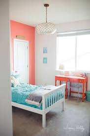 Decorating Bedroom Walls by Best 25 Turquoise Girls Bedrooms Ideas On Pinterest Turquoise