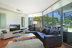 kirra wave 102 luxury beachfront holiday apartment kirra gold