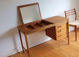 Oak Vanity Table 105 Best Vanity Table Images On Pinterest Vanity Tables