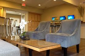 2 Bedroom Apartments In Bloomington Il by College Station Apartments Student Apartments In Normal Il