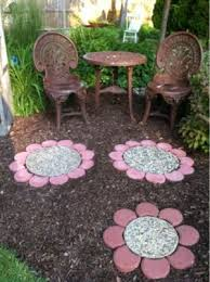 Backyard Stepping Stones by 8 The Most Creative Diy Stepping Stones Ideas Part 1