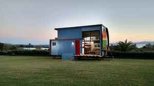 surf shack chic tiny home as seen on fyi u0027s tiny house nation