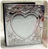 engravable photo album engravable picture frames personalized albums engravingshop