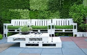 canapé exterieur palette le salon de jardin en palette en plus de 110 idées originales