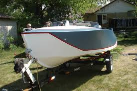 Free Small Wood Boat Plans by Varas