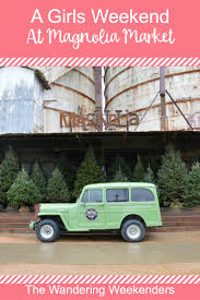 christmas jeep decorations a girls weekend at magnolia market the wandering weekenders