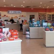 Le Creuset Disney Le Creuset 22 Photos U0026 17 Reviews Outlet Stores 540 East