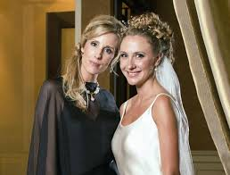 mother of the bride hairstyles images 35 beautiful mother of the bride hairstyles slodive