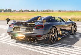 golden ferrari with diamonds koenigsegg reveals gold trimmed blue carbon agera rs naraya