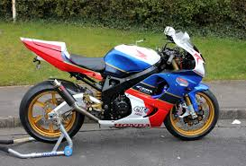 honda cbr 900 rr honda cbr900rr fireblade customized modernized motorbikes