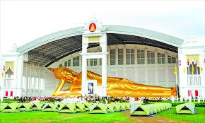 giant buddha resplendent in nippon paint global times