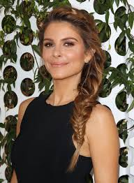 news anchor in la hair menounos pics first week as e news anchor in la