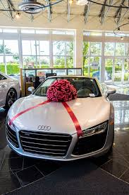new car gift bow 152 best autos de regalo images on gift cars and car