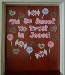 tis so sweet to trust in jesus christian s day display