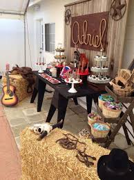 Cowboy Table Decorations Ideas Best 25 Western Party Decorations Ideas On Pinterest Cowboy