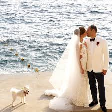 destination wedding how to plan a destination wedding 11 tips to consider brides