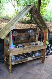 10 fun outdoor mud kitchens for kids cozinha vintage ideias
