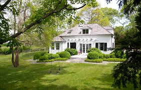 Building A Guest House In Your Backyard Kdhamptons At Home Design Diary Rita Schrager U0027s Gorgeous Guest